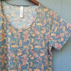 Lularoe Classic Tee Faded Scroll Print SS Shirt S
